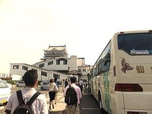 亘理駅までバスが通っていて便利です