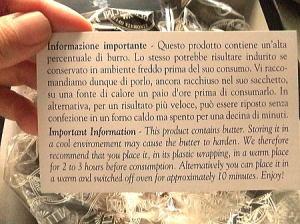 イタリア語での説明♪良く分からないけど読んでみよう