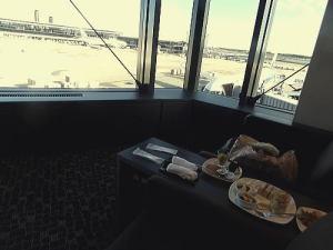 成田空港内ANAスィートラウンジで朝ごはんを食べました
