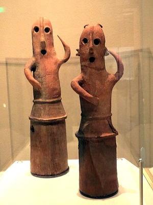 踊る人々 埴輪~盆踊りっぽい