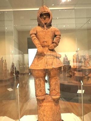 挂甲けいこう の武人 埴輪~古代日本で用いられた鎧の形式の1つの挂甲
